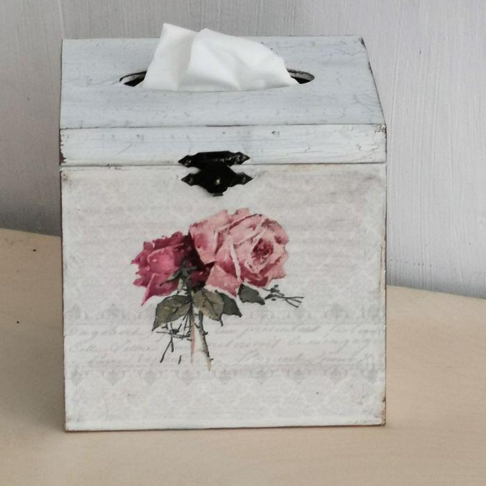 Chustecznik róże vintage - pudełko na chusteczki róże