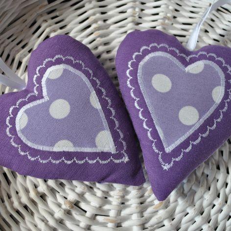 Fioletowe romantyczne serduszko z aplikacją
