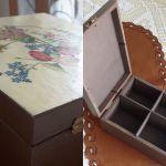 Serwetki i pudełko do herbaty polne kwiaty - Do kompletu należą też cztery pierścienie do serwetek, również z motywami tychże kwiatków.  Na serwetkach dookoła są misternie haftowane mereżki. Mereżką także wyznaczony jest kwadrat, w którym wyhaftowany jest kwiatek w jednym z narożników.