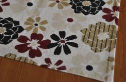 Ładny bawełniany bieżnik w kwiaty - 42 x 140 cm