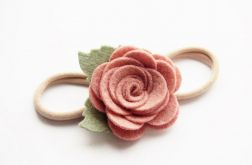 Opaska do włosów różyczka cameo pink