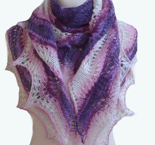 W odcieniach różu i purpury duża chusta