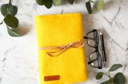 Filcowa okładka na książkę A3 żółta