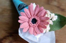 Gerbera - kwiat z filcu - jasny róż