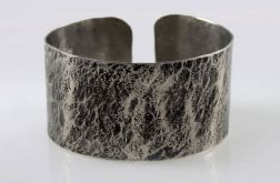 Kamień - metalowa bransoleta 200611-01