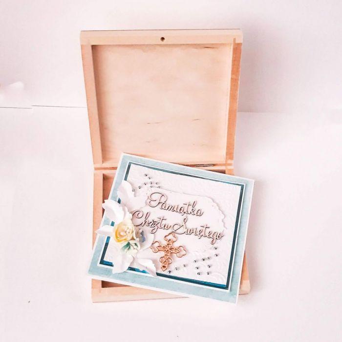 Pamiątka Chrztu chłopca w drewnianym pudełku