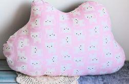 Poduszka dziecięca - różowa chmurka w kociaki