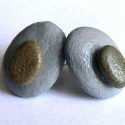 Kamienne guziczki