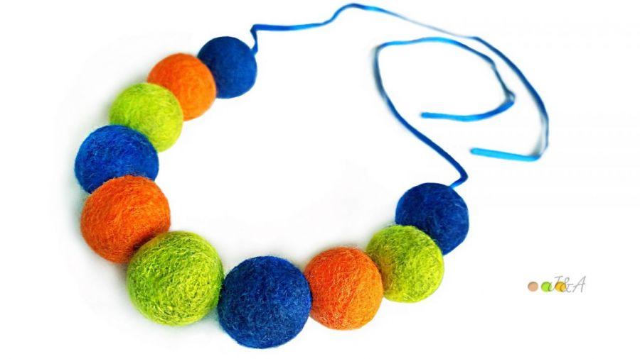 Korale z filcu niebieskie filc Hand Made