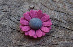 Momilio spineczka kwiatuszek 014