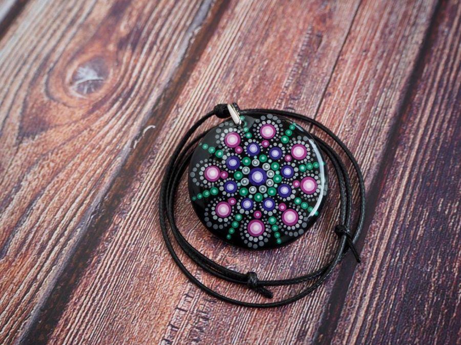 Mandala ręcznie malowana średnia 4,5 cm