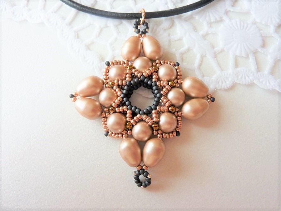 Wisior z perłami Swarovskiego