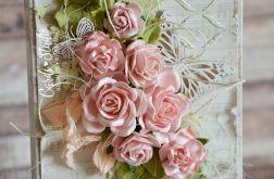 czekoladownik z bukietem róż