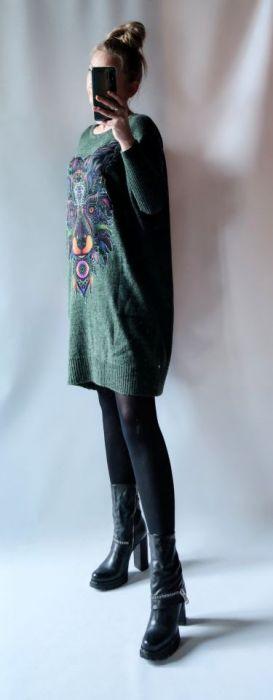 Sukienka oversize z kieszeniami 011