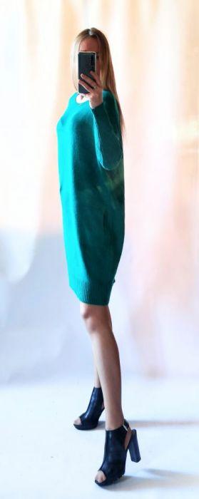 Sukienka oversize z kieszeniami 01