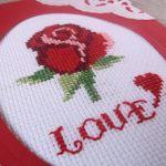 Walentynkowa karta z różą