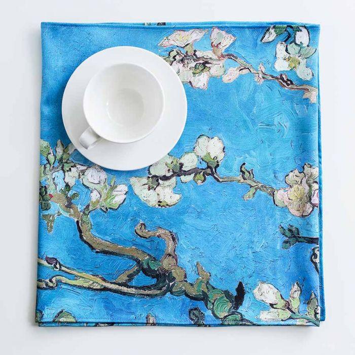 "Bieżnik van Gogh, ""Kwitnący migdałowiec"""