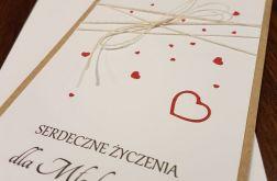 Kartka ślubna z serduszkami i życzeniami