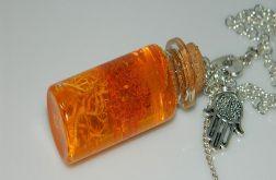 pomarańczowa żywica w butelce