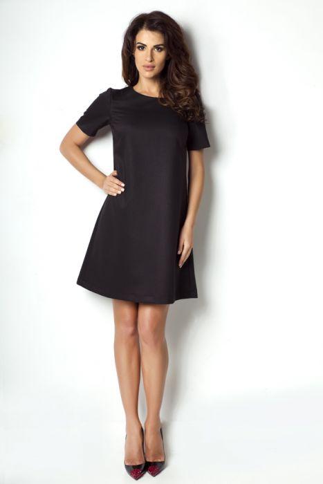 Klasyczna trapezowa sukienka