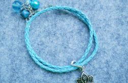 Niebieska z koroną