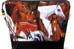 kosmetyczka - konie - czarna L