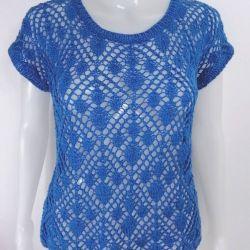 Błękitna ażurowa bluzeczka