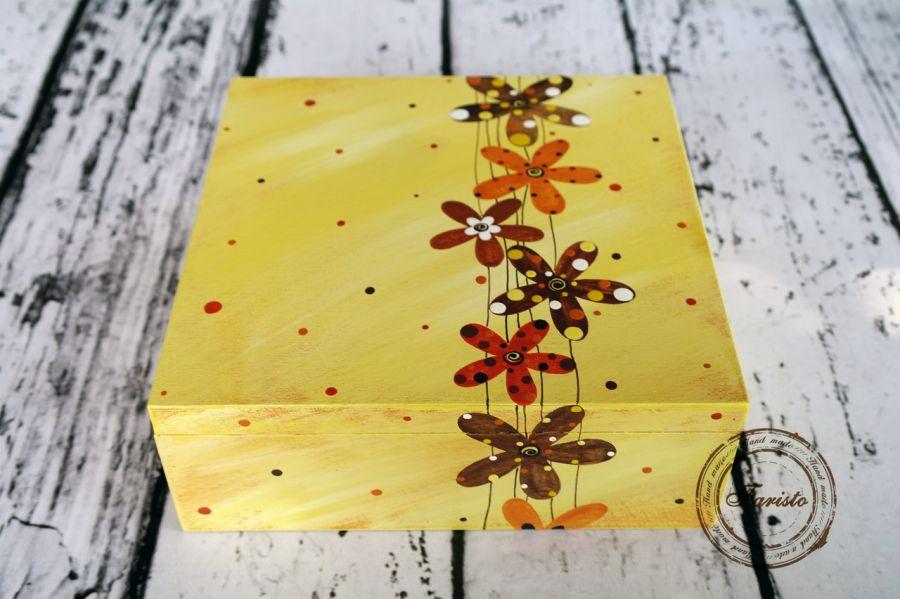 pudełko duże kwiaty