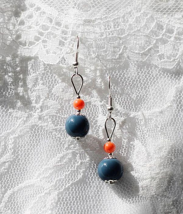 Szare i pomarańczowe perełki