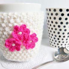 Ocieplacz na kubek z kwiatuszkami