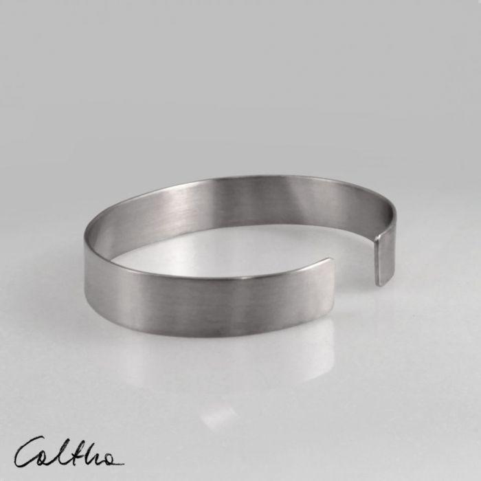 Satyna - metalowa bransoletka 190216-01