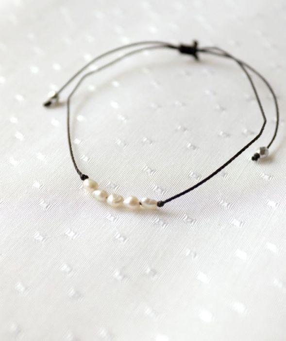 Bransoletka z perełkami - Bransoletka sznurkowa