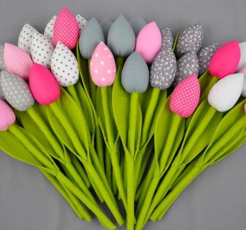 Tulipany szyte z materiału
