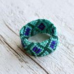 Pierścionek koralikowy turkusowo-niebieski