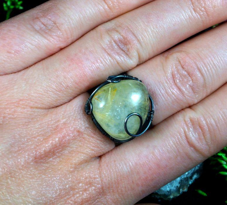 Srebrny pierścionek z kwarcem z rutylem żółty