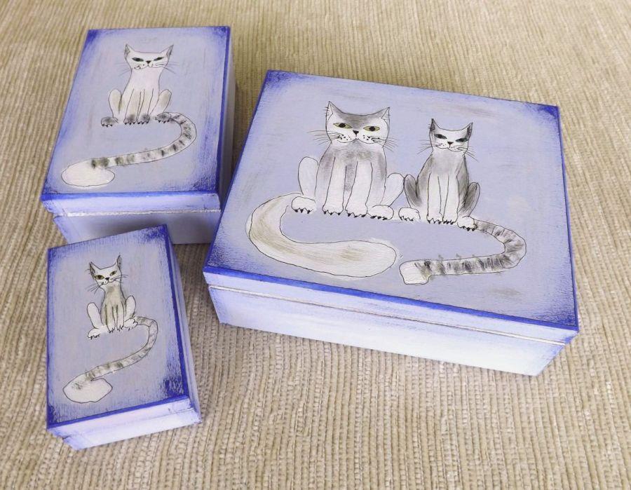 Pudełko malowane m.- Kotek w jasnoniebieskim - seria jasnoniebieska