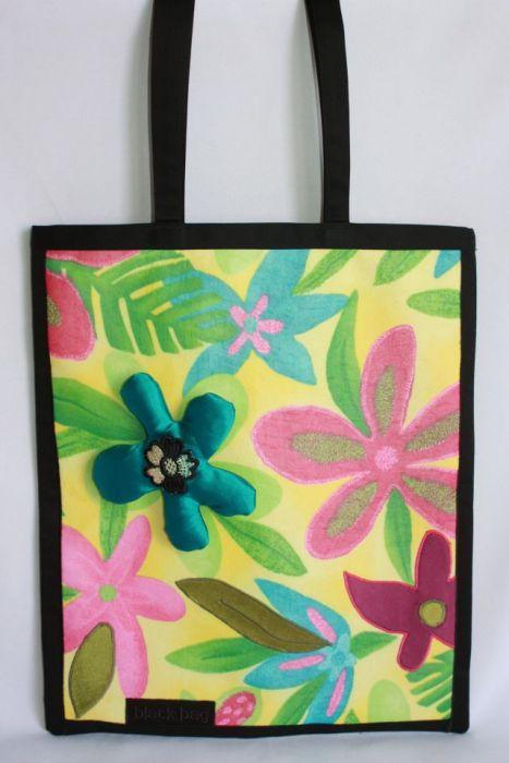 torba torebka czarna worek łąka- na Fundację
