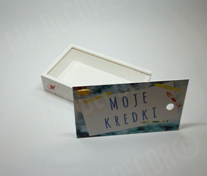Pudełko na kredki lub pisaki