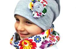 Kolorowa czapka i komin dla dziewczynki