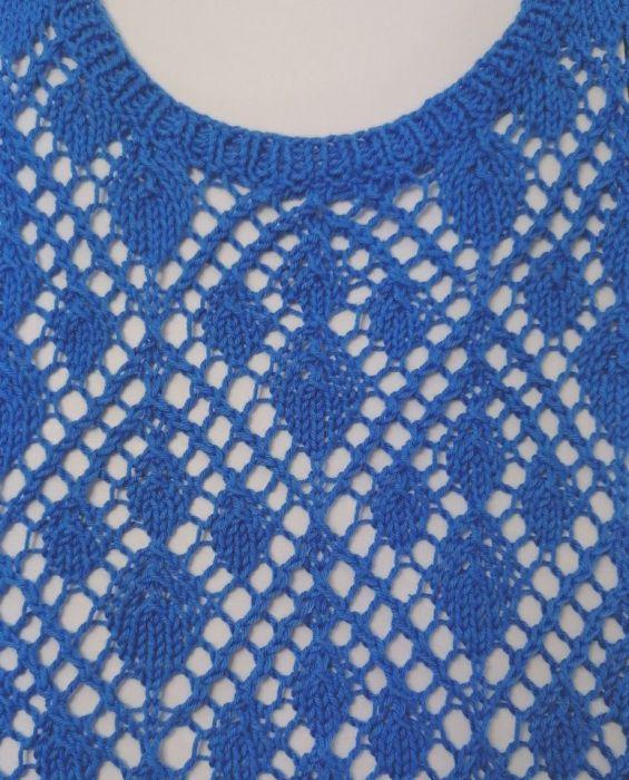 Błękitna ażurowa bluzeczka -