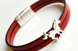 Bransoletka skórzana czerwona konik