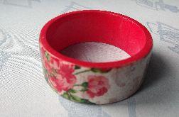 drewniana bransoleta decoupage w czerwieni