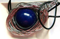 Kobaltowa kula, porcelana w drucie, wisior