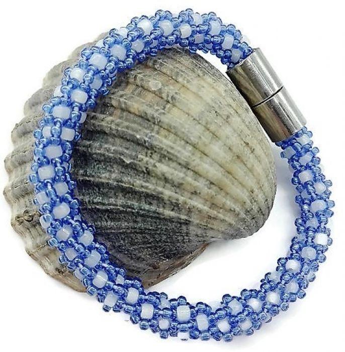 Bransoletka na rękę z koralików Toho szydełko -