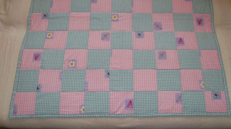 pled,narzuta na łóżeczko patchwork.