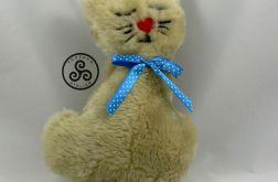 Pluszowy kotek