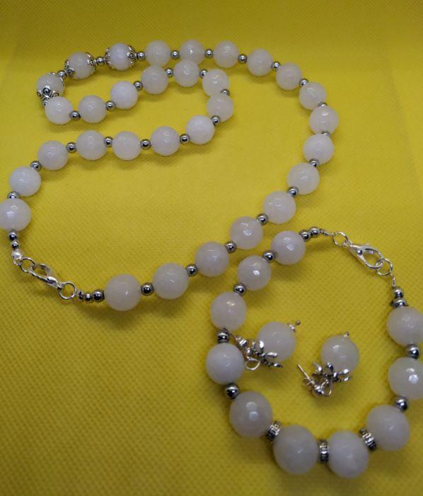 Komplet biżuterii z mistycznego białego jadeitu - Energetyczna biżuteria z białego jadeitu