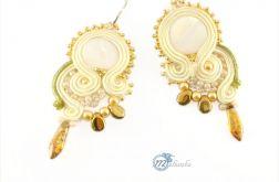 Kremowo-złote ślubne kolczyki sutasz