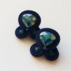 Granatowe sztyfty z kryształkami