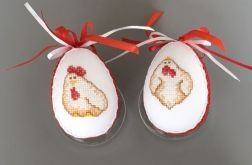 Haftowane pisanki kurczaki czerwony